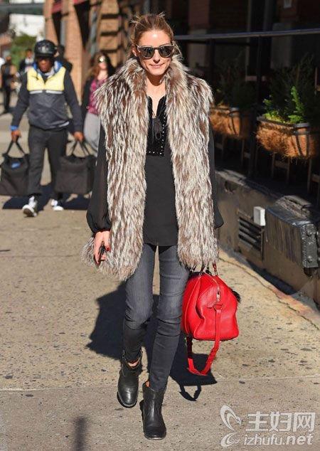 资讯生活时尚包包,女式包包,冬季亮色包包时尚搭配推荐